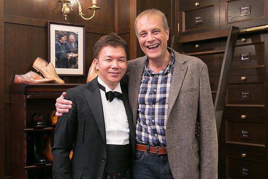 マーティン・メイソン社長と横瀬秀明社長